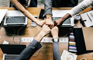 Liderazgo - equipo - personas En Positivo